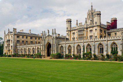 Đâu là trường đại học tốt nhất ở Anh năm 2108?
