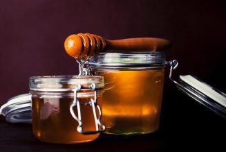 Bí kíp đơn giản để nhận biết mật ong rừng nguyên chất