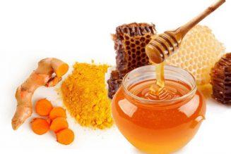 mật ong và nghệ tươi