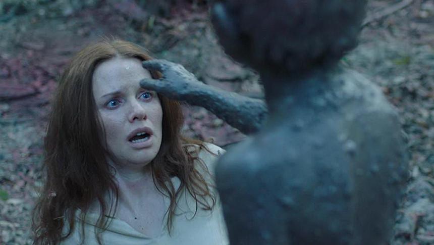 Ác quỷ được triệu hồi để bảo vệ dân làng - Hình ảnh trong phim