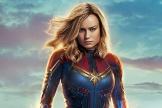 Mặc khen chê lẫn lộn, 'Captain Marvel' vẫn thống lĩnh phòng vé